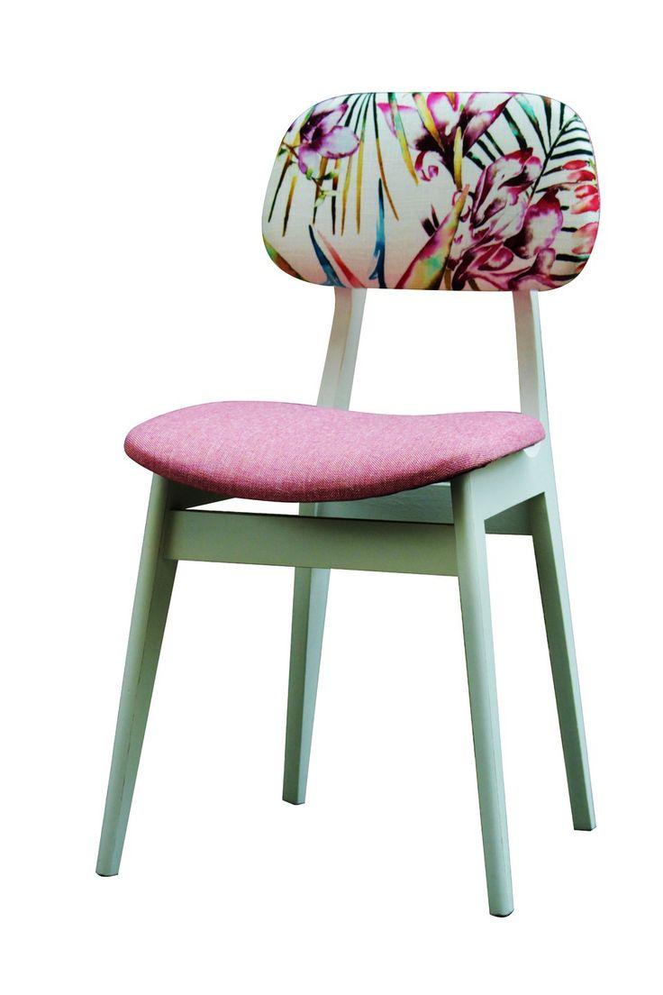Chaise blanche d'époque en bois et tissu : Meubles et rangements par peau-d-anne