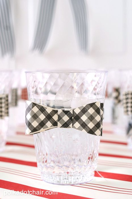 Kentucky Derby Party Ideas and printables on polkadotchair.com