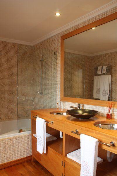 Hotel Casas do Coro, Marialva, Portugal | Bathroom
