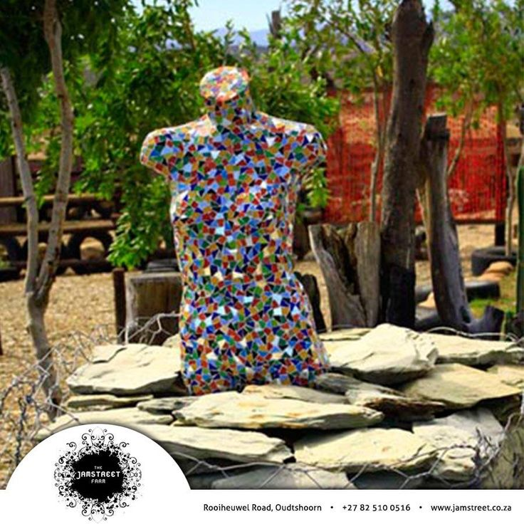 Jamstreet is a place where the art is as individual as its creator. We encourage our exhibitors to display their masterpieces in an atmosphere where it will be appreciated. Don't you just love this mosaic statue on display? Visit our website: http://besociable.link/iz #artworks #mosaic #collectables