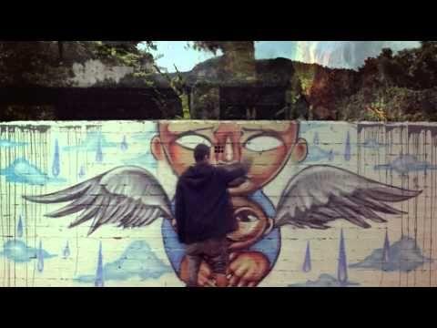 Calle 13 - Latinoamérica  Qué lindo video y con participación de Totó la Monposina, Susana Baca y Maria Rita