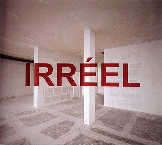 Georges Rousse choisit d'intervenir dans le champ photographique en établissant une relation inédite de la peinture à l'Espace. Il investit alors des lieux pour les transformer en espace pictural et y construire une  œuvre éphémère, unique, que seule la photographie restitue.