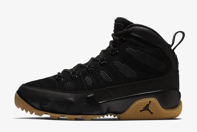 """Air Jordan 9 Boot NRG """"Black/Gum"""" outsole detail. A cult favorite Air Jordan sneaker is getting a limited-edition winterized upgrade just as the temperatures begin to drop. The Air Jordan 9 Boot NRG fuses the original Air Jordan 9 from 1993 with rugged, winter-ready details inspired by Nike's Special Field Boot. The updates are subtle …"""