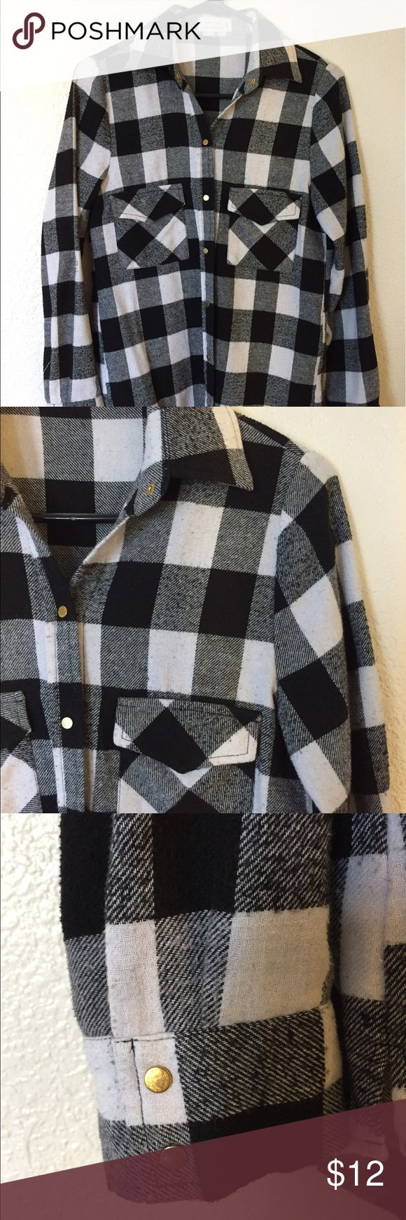 Black and white flannel Black and white super soft and semi-thick material. Gold button down Love Tree Tops Button Down Shirts