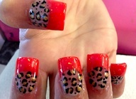 Red cheetah nails .. Super cute!