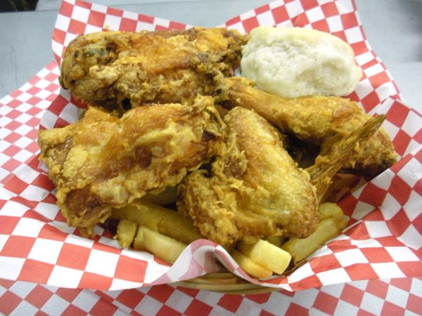 Love broasted chicken & ribs? Get all those and more at Scotty's Broasted Chicken & Ribs with this 1/2 off deal for ONLY $7.50!!