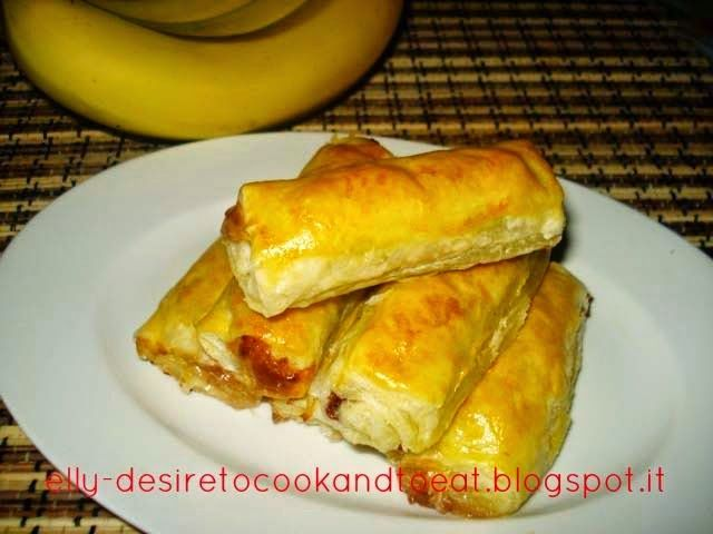 Banana Wrapped Puff Pastry Homemade / Pisang Molen Puff Pastry Homemade