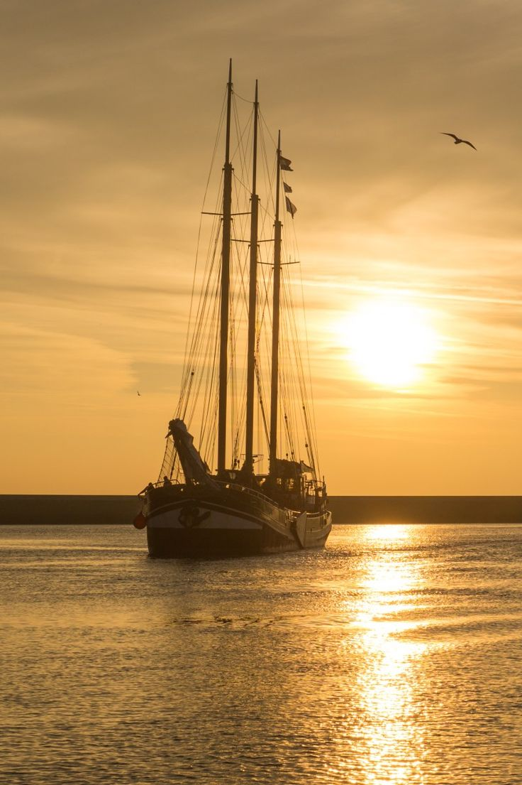 How to: holidays on a sailing boat