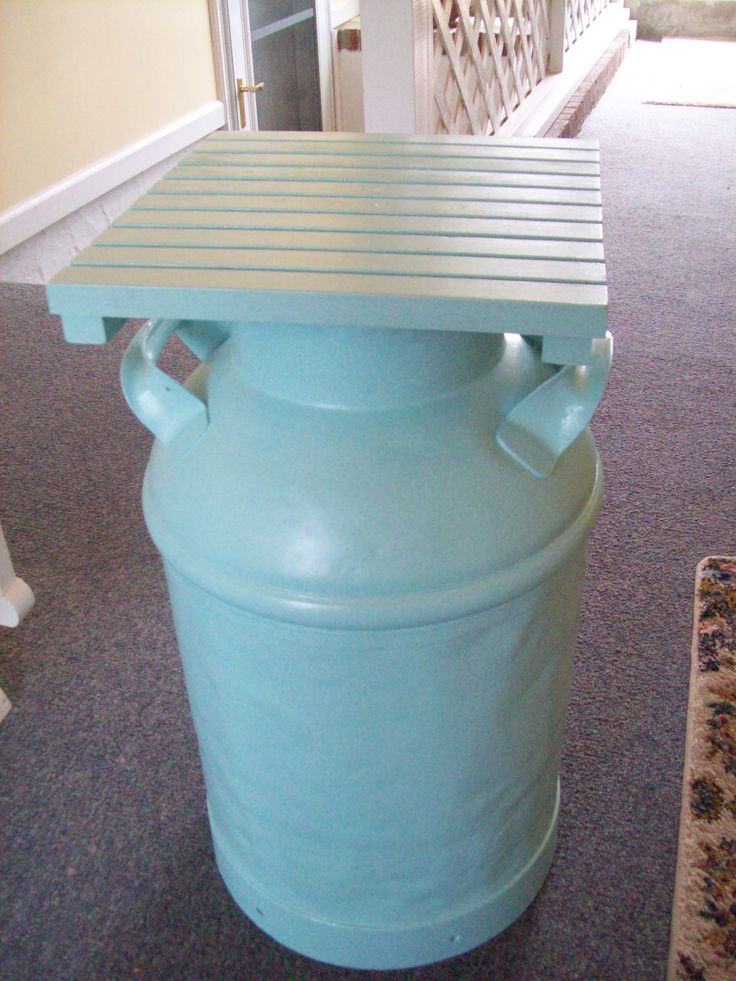 105 best painted milk cans images on pinterest milk cans for Milk can table ideas