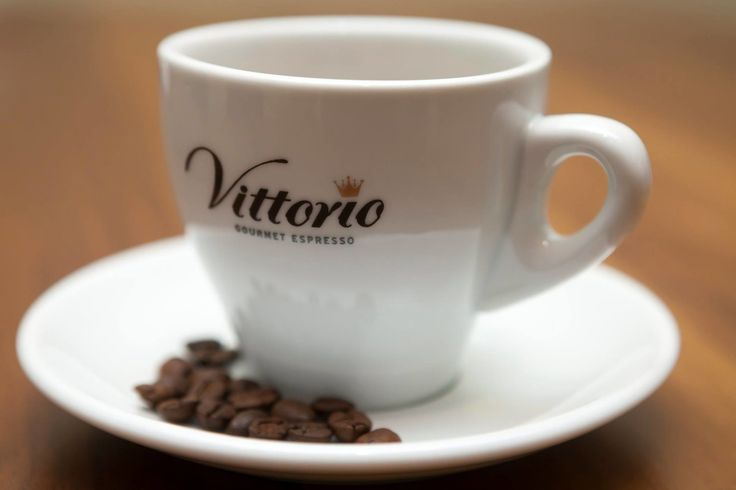 Did you know that #coffees effects were first discovered when some Ethiopian goats were spotted dancing after eating coffee berries? Well that works for a #crazyThursday night-out too!  Vittorio Gourmet Espresso για υψηλές απαιτήσεις απολαύσεων! Πληροφορίες : 210 5448267 http://bit.ly/2jEl79J