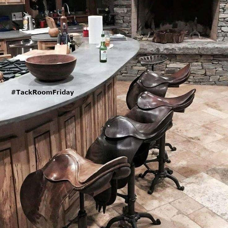 Welcome to #TackRoomFriday for #ShowJumpingHour this Bank Holiday #Ireland Pull up a saddle & pour yourself a beer