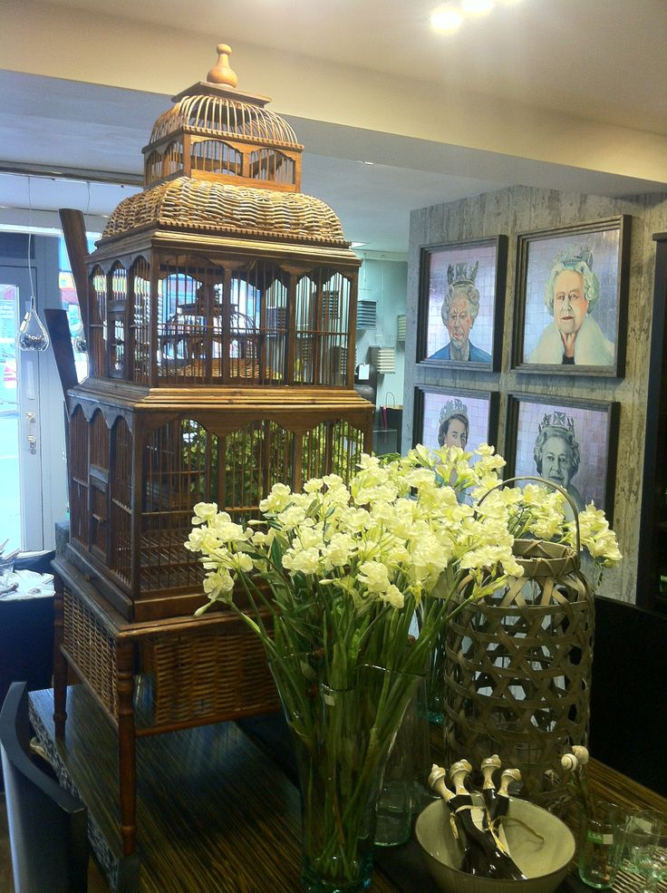 The Silkroad showroom - a  hint of the Orient with the best of Europe.