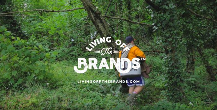 Un CR lâché dans la nature avec les produits des clients de son agence