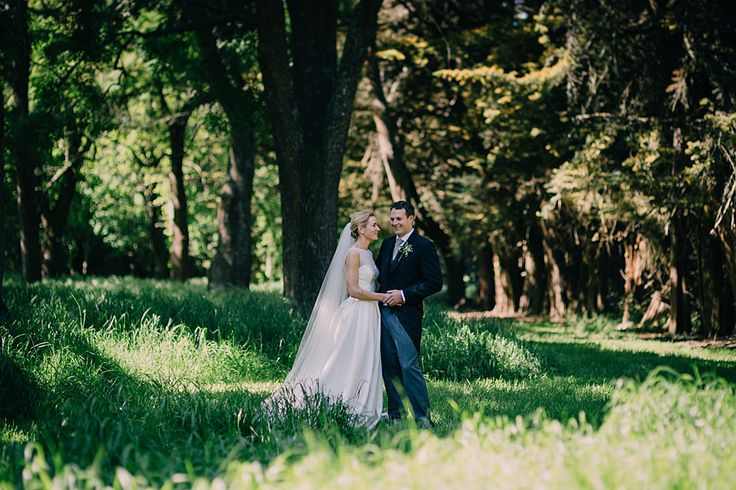 I loooooved this wedding!   http://www.teganclarkphotography.com/blog/rosa-and-johnny-longbeach-estate