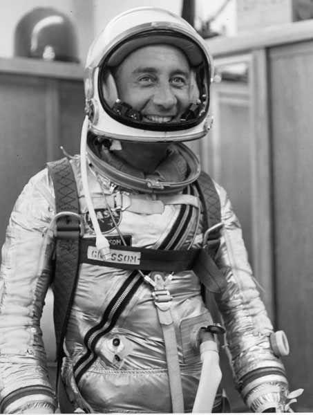 astronaut grissom death - photo #16