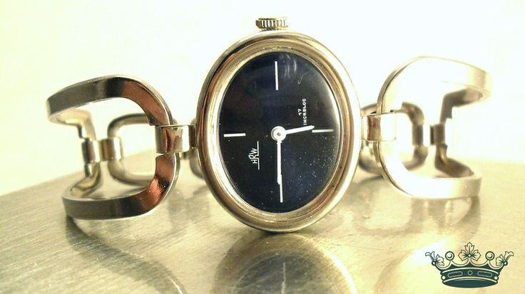 BLUE 70er Vintage unbenutzte Spangenuhr Armbanduhr von Mont Klamott - alte Schätze vom Zauberberg: Liebzuhabendes, Verspieltes, Tickendes, Klunkerndes, Amüsierendes, Zauberhaftes, Überraschendes, Träumerisches, Antikes, Kurioses, Schmuck & Uhren - mit Schwerpunkt: Viktorianisch - Mid-Century - 70s auf DaWanda.com