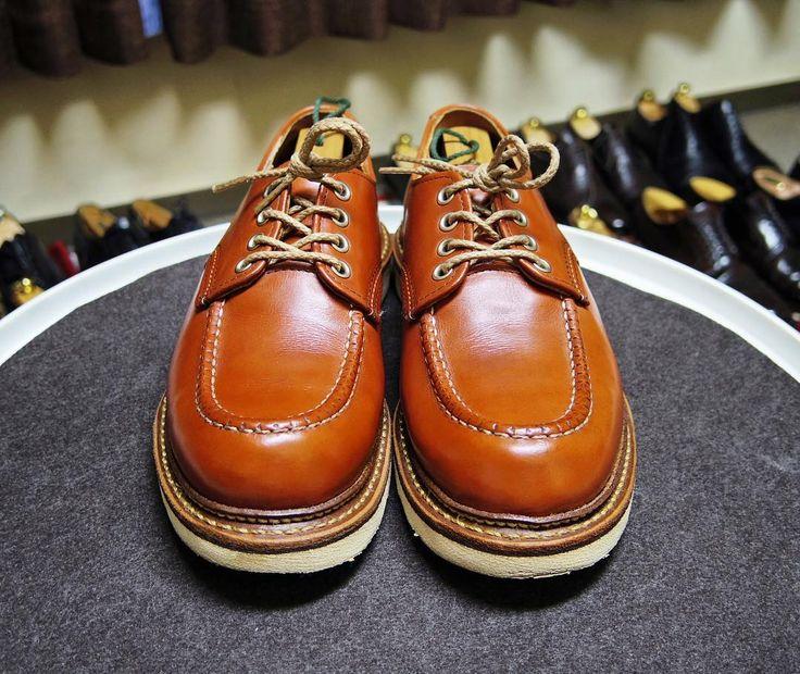 Red Wing 明日はこの靴にします あまり履けてないので褪色してきてます 純正クリームでちょっと補色しました #redwing #shoes #mensshoes #shoecare #レッドウィング #紳士靴 #革靴 #靴磨き #シューケア