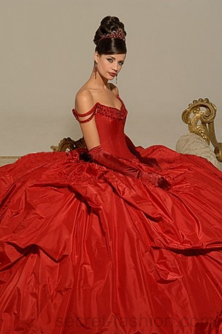 best amazing gowns images on pinterest gown dress sweet dress