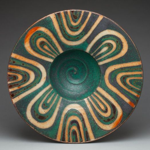 Peter Karner Pottery the color and the design on this piece go together perfectly