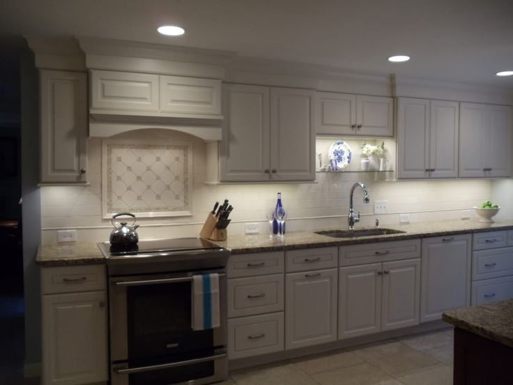 Crown Molding, New Venetian Gold, White Cabinets W/ Tile