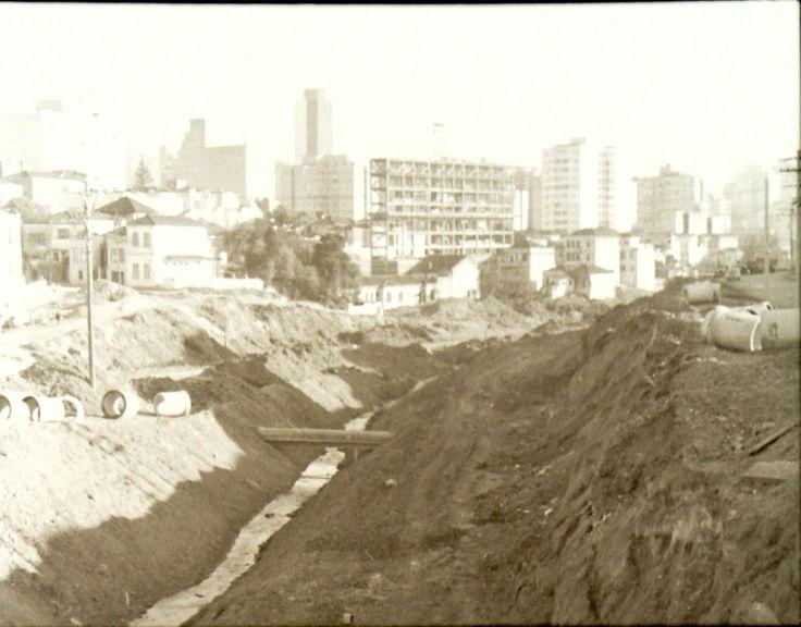 canalização do Itororó para construção da 23 de Maio
