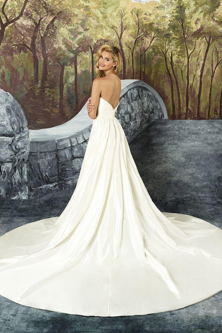 3b9e90cfe36 Justin Alexander Silk Dupion Sweetheart Bodice Ball Gown  alexander  bodice   dupion  justin