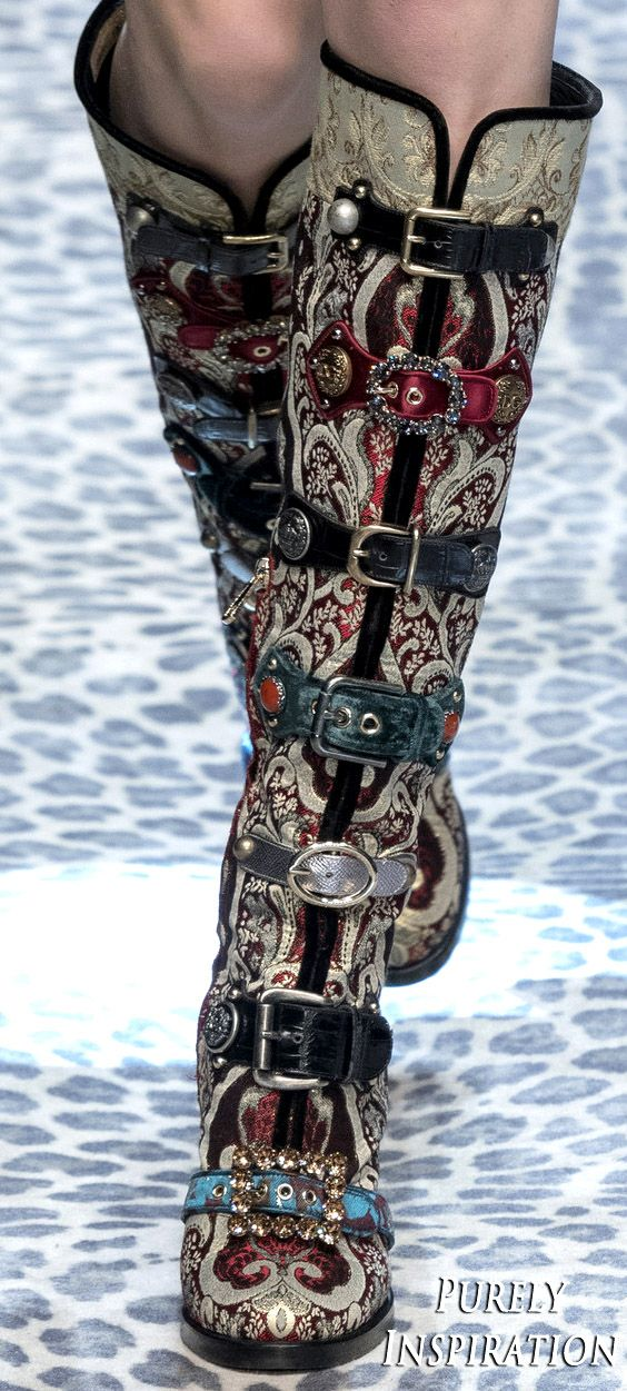 Dolce & Gabbana FW2017 Women's Fashion (details) RTW | Purely Inspiration