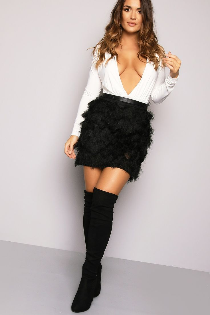 A Bit Of Fluff Fluffy Skirt Black - New In | LASULA