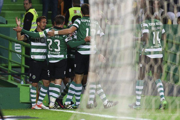 Sporting e Arouca mediram forças, esta noite, em jogo a contar para a 10.ª jornada da Liga NOS. Com dois golos de Bas Dost e um de Joel Campbell, o conjunt