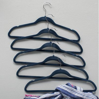 Signature Home Brands Space Saver Non-Slip Hanger Color: Navy