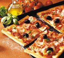 Kiadós családi pizza. A receptért  kattints a képre!