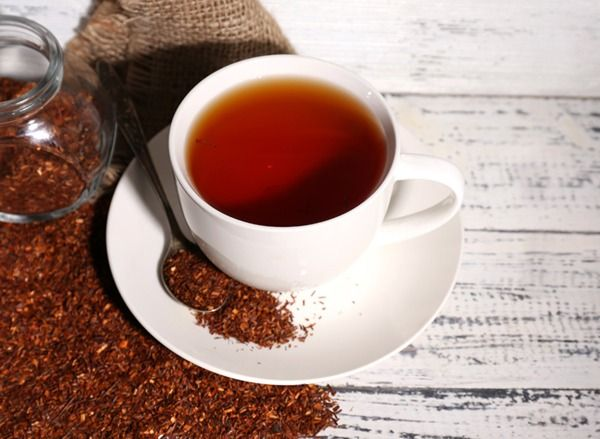 Instead of driving yourself crazy with restrictive diets, sip one of these teas that fry flab for you.