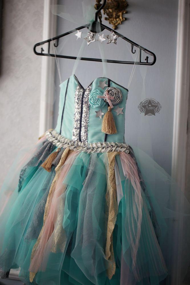 """sukienka """"zapowiedz zimy"""" - ASTRE Kursy makijażu Poznań - astre.eu - zapraszamy"""