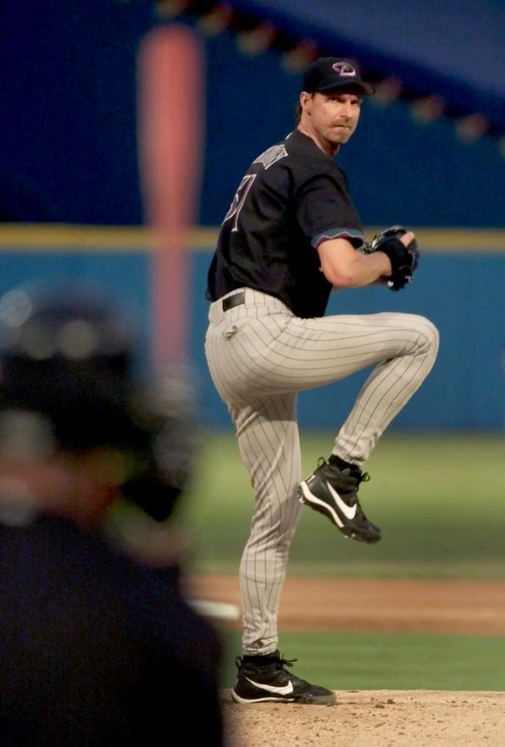On August 8, 2001, Randy Johnson threw a complete game shutout with 10 K.