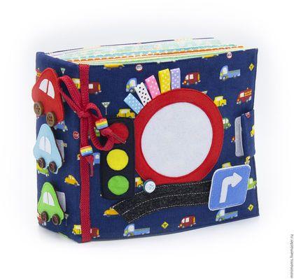 Развивающие игрушки ручной работы. Ярмарка Мастеров - ручная работа. Купить Развивающая книга из ткани (1-4 year). Handmade.