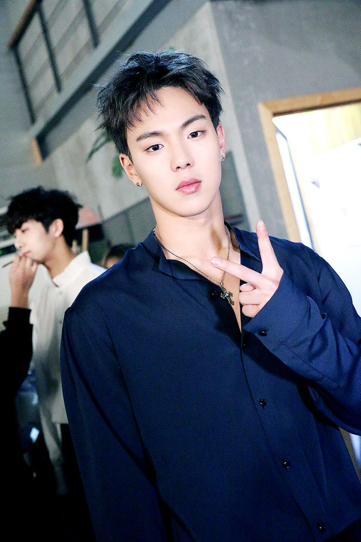 [STARCAST] Exclusive!! MONSTA X 1st full album The Clan 2.5 Beautiful Music Video Behind the Scenes Source: Naver Starcast