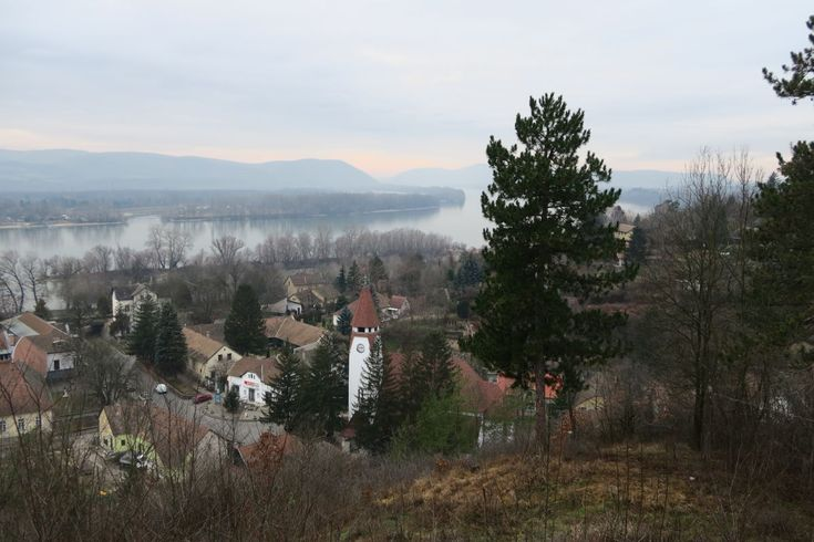 Best Hiking Trails in Hungary near Budapest | Travel Hacker Girl - A blog for travellers.