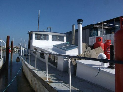 Outlived Ad of the afternoon: A Classic converted houseboat on a secure residential mooring with lovely views across the marina.  Price: £39'000.-  More: https://www.outlived.co.uk/ads/ex-mgb-houseboat/