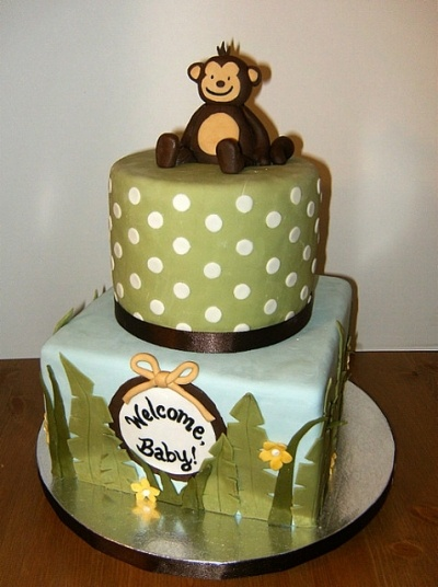 cute & pretty simple, could do more simple topper? buttercream w/ fondant decorations?