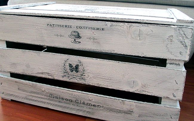 Painted French Crate - Reader Featured Project - The Graphics Fairy