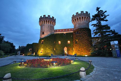 Castillo de Peralada/ Peralada Castle by Abejorro69, via Flickr