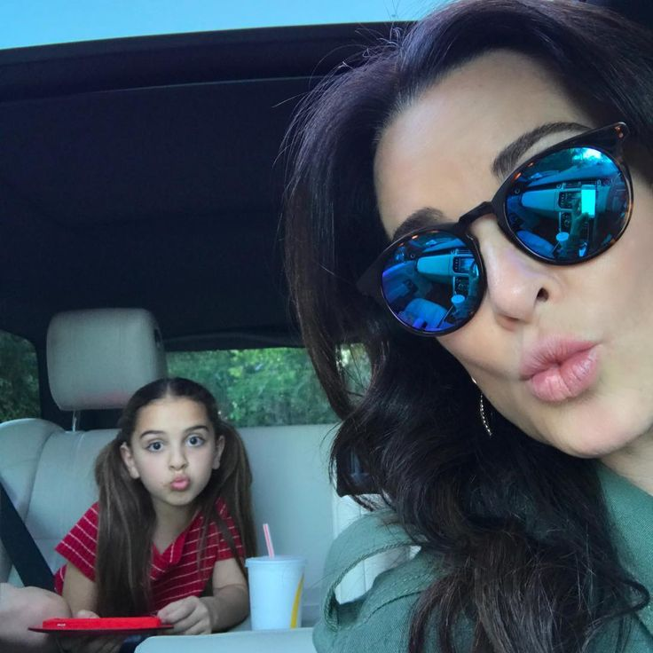 1.7m Followers, 443 Following, 2,099 Posts - See Instagram photos and videos from Kyle Richards Umansky (@kylerichards18)