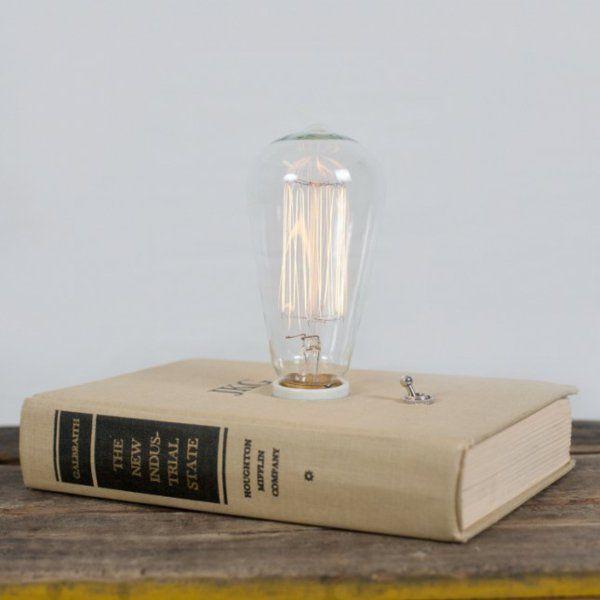 Wohnideen für  Bücher als Dekoration lampe buch