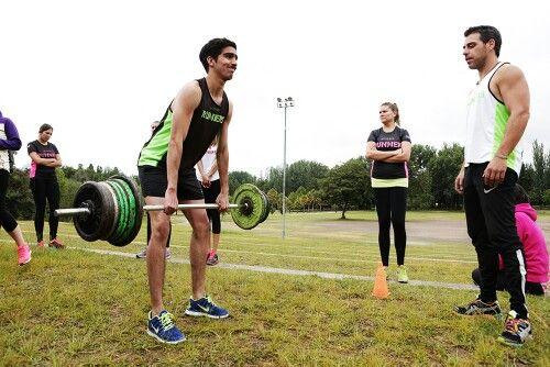 Entrenamientos a grupos de personal siempre de manera personalizada para mejorar las tecnicas y obtener los mwjores resultados sin causar secuelas negativas para el cuerpo