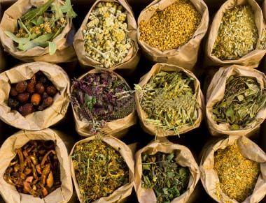 30 most popular herbs for natural medicine: Popular Herbs, Herbal Remedies, Most Popular, Natural Medicine, Weights Loss, Herbal Medicine, Natural Remedies, Healthy Living, Medicine Herbs