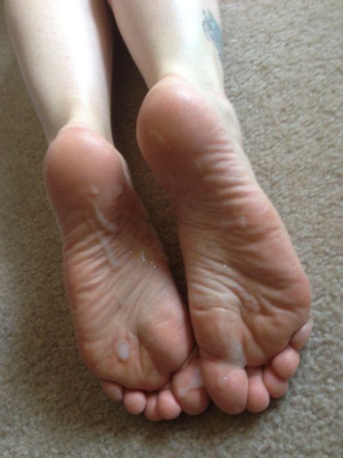 31 best Cummy feet images on Pinterest | Female feet