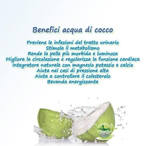 Benefici acqua di cocco