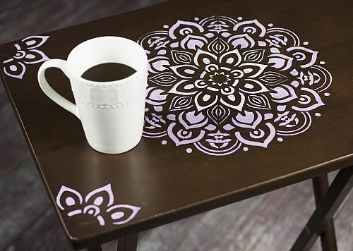 Mandala Stenciled TV Tray -- Turn a plain TV tray into a stylish accent piece. #decoartprojects
