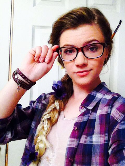 Hipster Rapunzel costume  #disney #princess #hipster #costume #glasses #plaid #purple