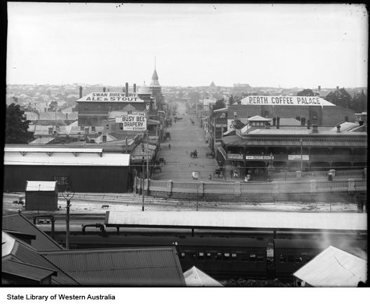 William Street, Perth north from across the top of the Perth Railway Station, 1906.